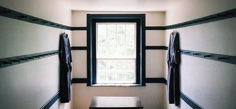 Shakers room photo by Thomas Merton